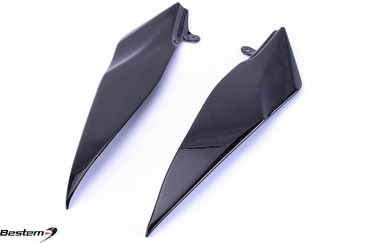 Bestem Yamaha YZF R1 2007 - 2008 Carbon Fiber Side Panels Lower